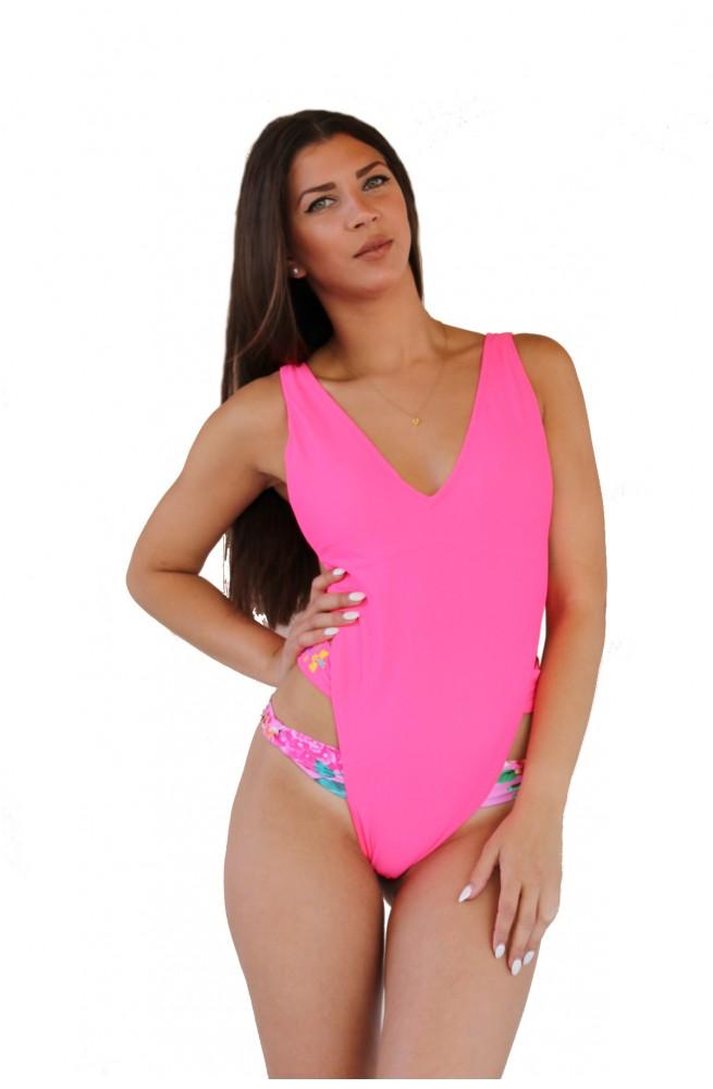 Ολόσωμα μαγίο φούξια με άνοιγμα και σχέδιο στα πλάγια! cdd4a08736a