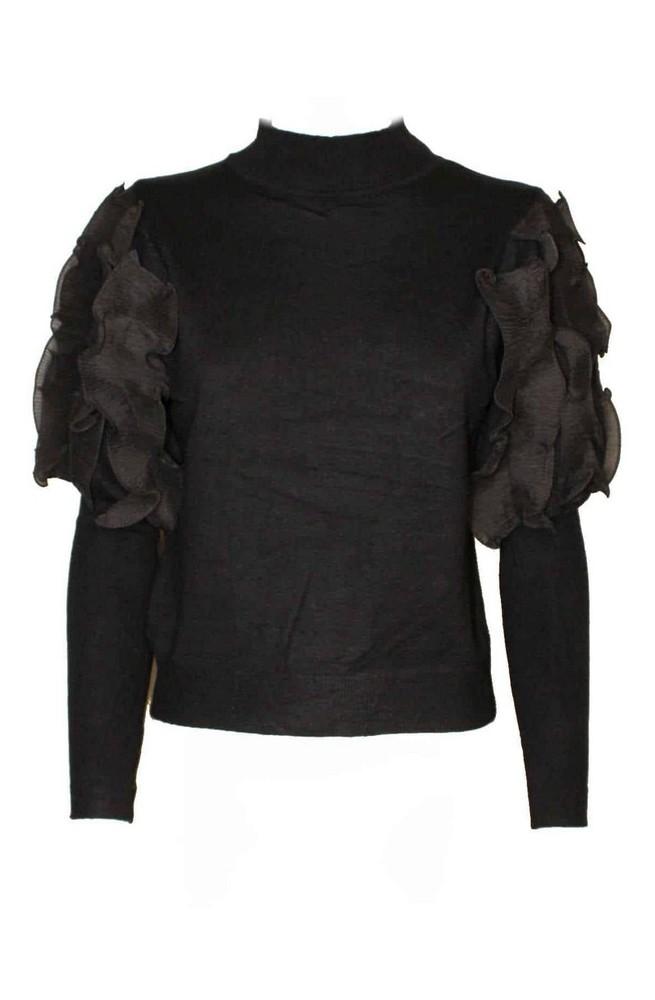 πλεκτή μαύρη μπλούζα με βολάν στο μανίκι