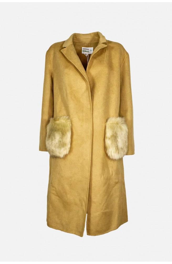 παλτό καμηλό γυναικείο μάλλινο με αποσπώμενες γούνινες τσέπες